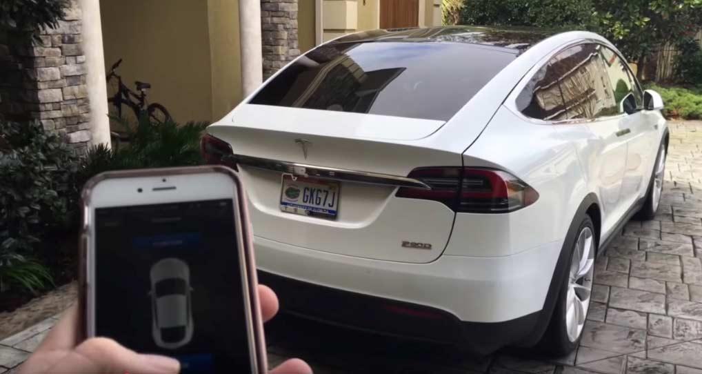 Tesla Gelişmiş Otopilot Güncellemesi 2
