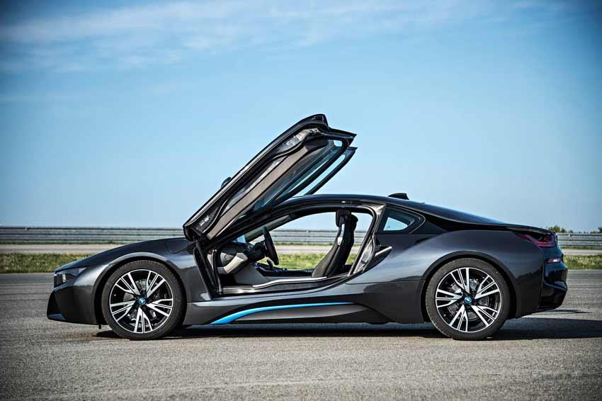 BMW i8 Fiyatları - BMW i8 Özellikleri