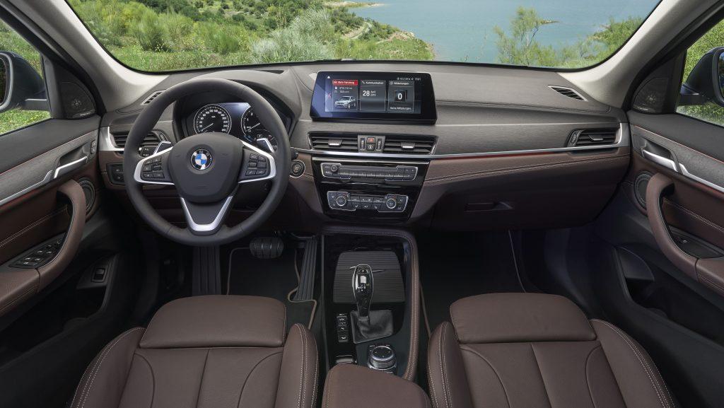 2020 BMW X1 Hibrit Detayları Açıklandı