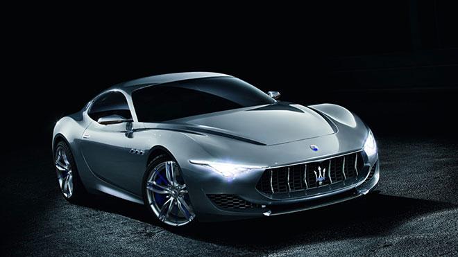 Maserati Elektrikli Sürücüsüz Araba Üretimi için Düğmeye Bastı.